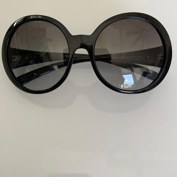 PRADA Black SPR21L sunglasses